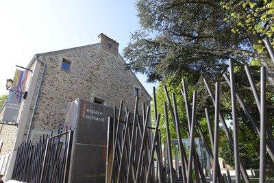 image de profil de Médiathèque Côté Cour Lieusaint