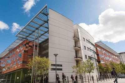 L'Université Évry Val d'Essonne