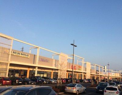 image de couverture de Centre Commercial Villabé A6