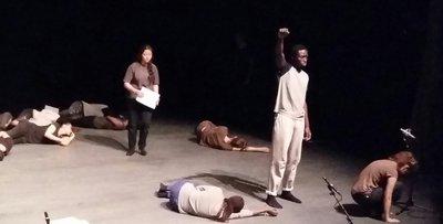 image de couverture de Les participants aux ateliers d'écriture de Wilfried N'Sondé montent sur scène