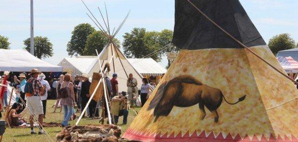 image de couverture de Le Festival Country du Coudray Montceaux