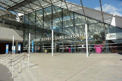 image de couverture de Gare RER Evry Courcouronnes Centre