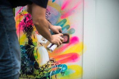 c215-prochain-artiste-invite-du-festival-wall-street-art-image-5