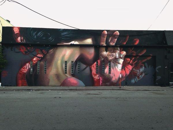 image de couverture de Performance de Case Maclaim, street artiste allemand, à Grigny, au 6 place de l'œuf