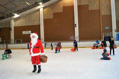 Ambiance-patinoire-le-18-decembre-2016--58-.JPG