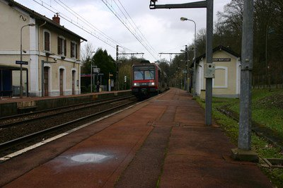 Gare_Coudray_Montceaux_IMG_1388.jpg