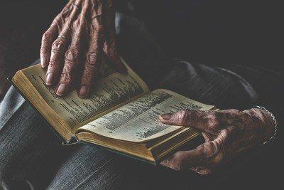 book-4001398_1920.jpg