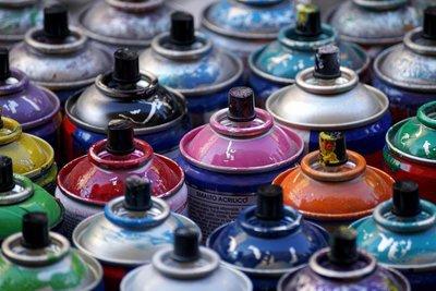 spray-3349588.jpg