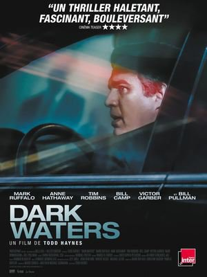 Dark waters affiche.jpg