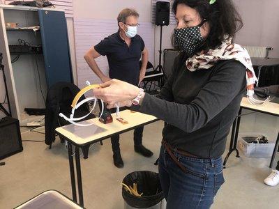fabrication de visiéres pour hopital1.JPG