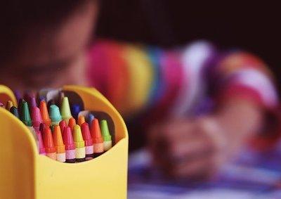 crayons-1209804__340.jpg