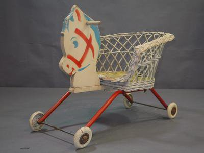 jouet-ecomusée-muséedefrance.JPEG