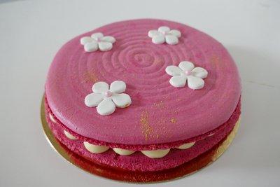 Dame Noisette gâteau fleur.JPG